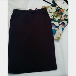 Aritzia TNA Fleece knit skirt